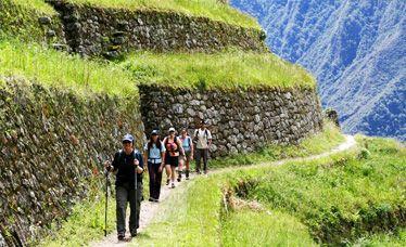 the-classic-inca-trail-to-machu-picchu-4days